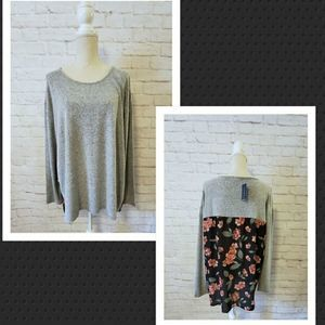 Downeast Flower Gray Sweater
